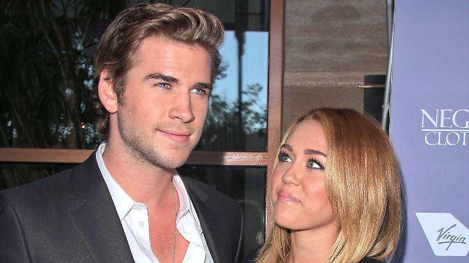 2012 sah man Liam Hemsworth und Miley Cyrus noch gemeinsam - inklusive Verlobungsring.