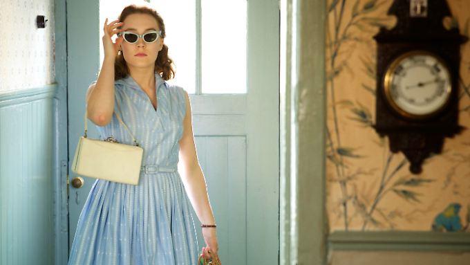 Aufbruch in eine neue Welt: Eilis Lacey, dargestellt von Saoirse Ronan.
