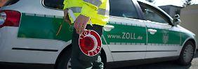 Rechtsextremer Beamter?: Zoll findet Waffenlager bei Polizist