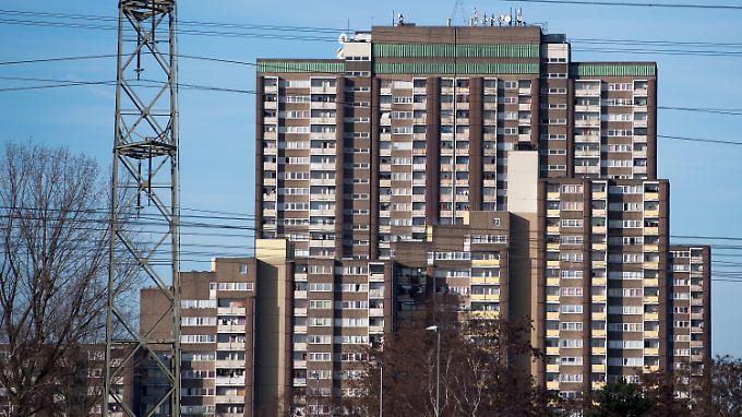 """Einige Wohnungen am """"Kölnberg"""" sollen eigens zum Dealen angemietet worden sein."""
