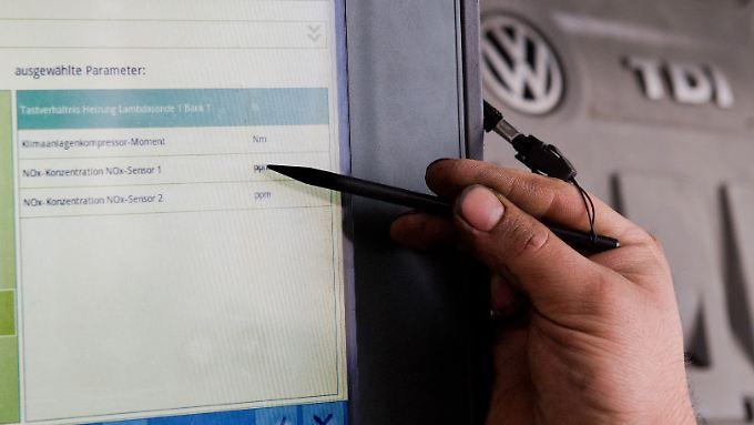 2,4 Millionen manipulierte VW-Autos müssen in die Werkstätten.