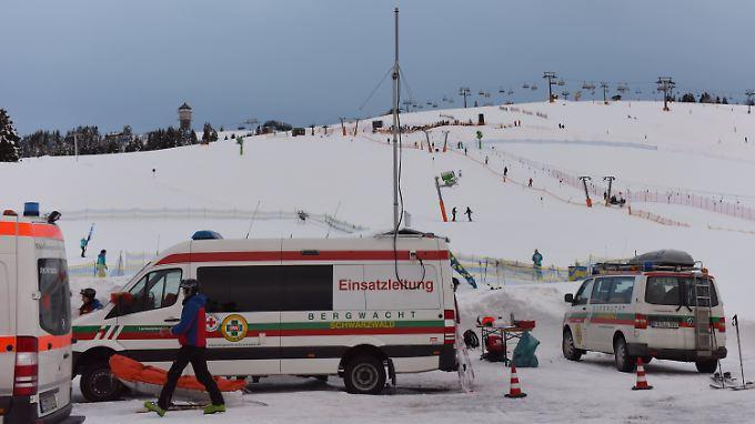 Fataler Skiunfall: Zwei Männer verunglücken im Schwarzwald