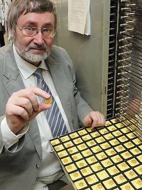 Gilles mit römischen Goldmünzen ...