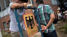 """""""Untätigkeit"""" bei Asylverfahren: Tausende Flüchtlinge verklagen Bamf"""