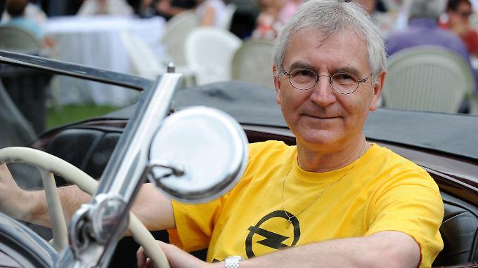 Der frühere Opel-Chef und langjährige VW-Manager Hans Demant, hier bei einem Opel-Klassiker-Treffen im Jahr 2009.