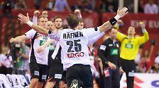 Vom heimischen Sofa zum Matchwinner. Der Linkshänder liefert spätestens mit dem furiosen Halbfinale eine DER Geschichte dieser EM.