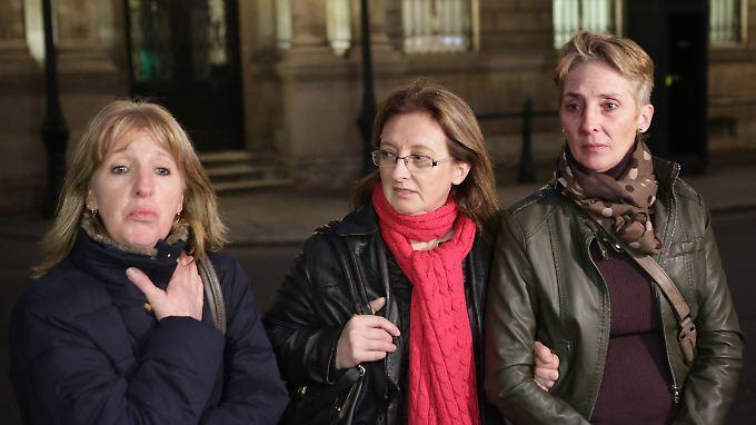 Die drei Töchter von Jacqueline Sauvage baten François Hollande um Gnade - er gewährt sie.