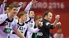 In der Bundesliga spielt Pieczkowski mit TuS N-Lübbecke gegen den Abstieg, aus Polen kehrt er als Europameister in den Bundesliga-Keller zurück.