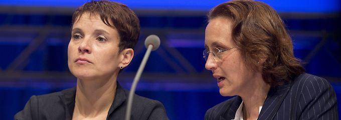 Mit Frauke Petry und Beatrix von Storch hat die AfD zwei Frauen an der Spitze.