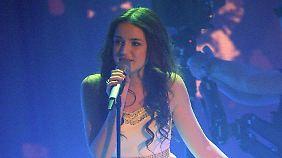 """2012 stand Laura Pinski im Finale der RTL-Show """"Das Supertalent""""."""