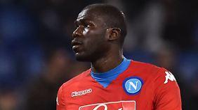 Kalidou Koulibaly wurde von den Rom-Fans unentwegt beleidigt.