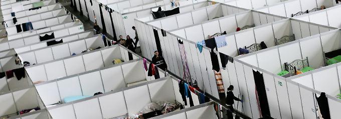 Razzia nach Lkw-Attacke: SEK durchsucht Flüchtlingsunterkunft