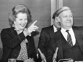 Margaret Thatcher zeigte Helmut Schmidt gleich zu Beginn ihrer Amtszeit, wo es bei ihr lang geht (Archivbild vom 18.11.1981).