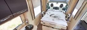 Bett-Geschichten aus dem Reisemobil: Kuscheln ist nicht bei den Deutschen