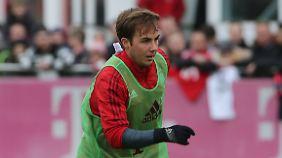 Bis zum Comeback dauert's noch ein wenig: Mario Götze braucht beim FC Bayern nach seiner Verletzung noch Geduld.