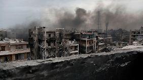 Im zerstörten Aleppo leben noch immer rund 300.000 Menschen.