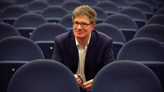 """""""Das Leben kann man nicht verlängern"""": Roger Willemsen."""