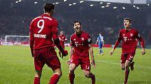 Robert Lewandowski brachte den FC Bayern mit dem 1:0 in Bochum auf Halbfinalkurs.