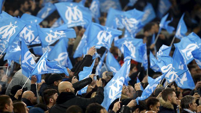 Die Fans von Olympique Marseille durften bislang die Dauerkarten selbst vermarkten.