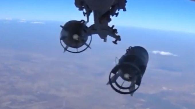 """Russisches Bombardement in Syrien: """"Weder die Amerikaner noch die Europäer waren bereit, sich massiv zu engagieren"""", sagt Harald Kujat."""