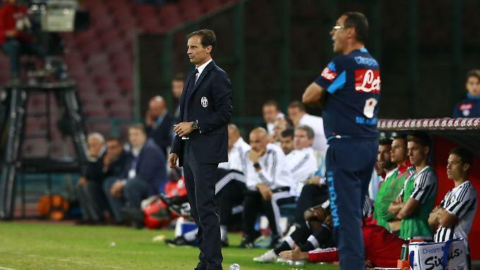Sie könnten unterschiedlicher nicht sein: Neapels Maurizio Sarri (vorne) und Turins Massimiliano Allegri.