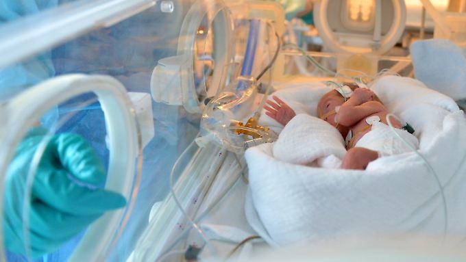 """Mutmaßlicher """"Todesengel"""" in Untersuchungshaft: Krankenschwester soll Frühchen vergiftet haben"""
