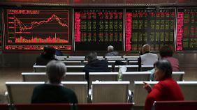 Märkte nervös aber nicht panisch: Chinas Export bricht um über 11 Prozent ein