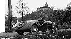 Bereits in den 1930er Jahren wendet sich das Unternehmen gänzlich den Fahrzeugen der damaligen Zeit zu. Der DKW F5 zählt zu den beliebtesten Autos in den 30er-Jahren, auch bei Abt.
