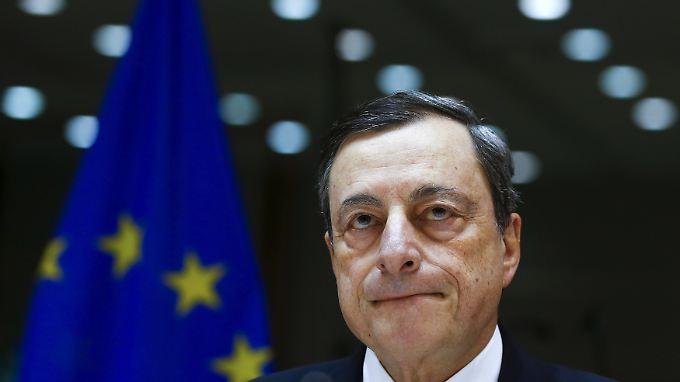Können rasch tätig werden: EZB-Chef Mario Draghi gibt sich entschlossen.