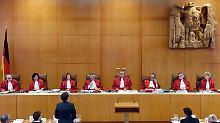Schlagabtausch vor Gericht: Euro-Rettungspolitik kommt unter die Lupe
