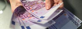 Debatte um große Geldscheine: Welche Zukunft haben Euro und Co.?