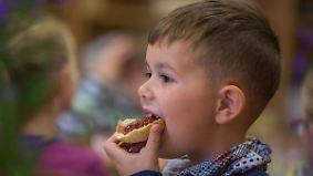 """Auf das """"Was"""" kommt es an: Frühstück verhilft Schülern zu besseren Noten"""
