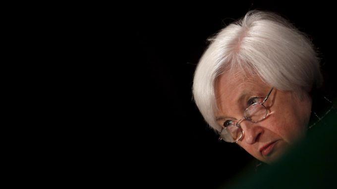 Fed-Chefin Yellen sieht inzwischen, dass ihre Kollegen in zwei Lager gespalten sind.