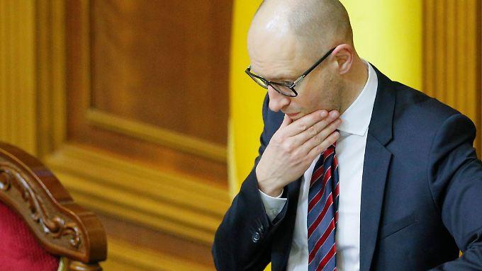 Regierungschef Arseni Jazenjuk wirbt nun bei der Radikalen Partei um Unterstützung.