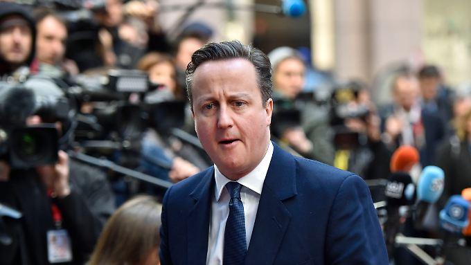 """""""Ich war bis fünf Uhr morgens hier und habe verhandelt"""": Cameron freut sich vermutlich schon auf den """"english lunch""""."""
