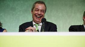 Ob er sich schon auf die Auseinandersetzung freut? Mit Nigel Farange, dem Anführer der EU-kritischen Partei Ukip, muss Cameron nun verstärkt diskutieren.