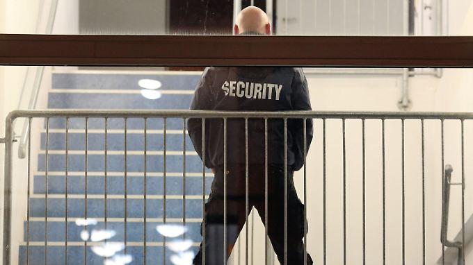 Die wachsende Aggressivität einer kleinen Gruppe von Bürgern stellt die Behörden zunehmend vor Probleme.