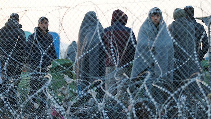 Grenzschließung in Mazedonien: Balkanroute wird für Afghanen zur Sackgasse