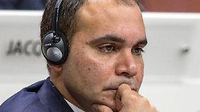 """Prinz Ali bin al-Hussein behauptet, er sei der einzige """"der Korruption im Weltfußball mit Mut entgegentritt""""."""