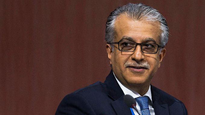 Scheich Salman werden Vorwürfe von Menschenrechtsorganisationen wegen seiner Rolle bei der Niederschlagung der Demokratiebewegung in Bahrain im Jahr 2011 gemacht.