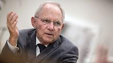 Finanzminister will Steuersenkung: Schäuble will mittlere Einkommen entlasten