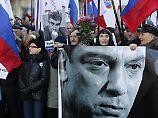 Ein Jahr nach Ermordung in Moskau: Tausende gedenken Kreml-Kritiker Nemzow