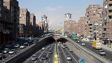 Stadtautobahn in Teheran.