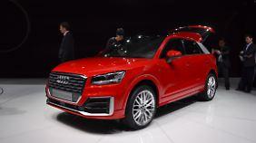 Bereits im Herbst soll der Audi Q2 auf den Straßen rollen.