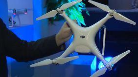 DJI Phantom 4 feiert Premiere: Diese Drohne fliegt raffinierte Manöver