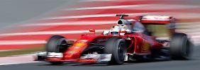 Er fährt und fährt und fährt: Sebastian Vettel im Ferrari.