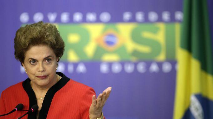 Für Dilma Rousseff wird die Luft immer dünner.