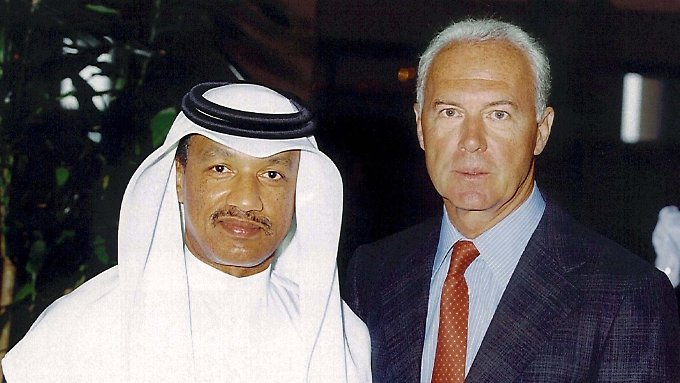 Ihre Rollen in der WM-Affäre bleiben auch dem Bekenntnis des Kataris unklar: Mohamed Bin Hammam (l.) und Franz Beckenbauer.