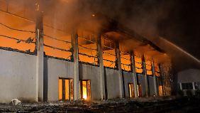 Brennendes Asylheim in Nauen: NPD-Mann soll an Anschlag beteiligt gewesen sein