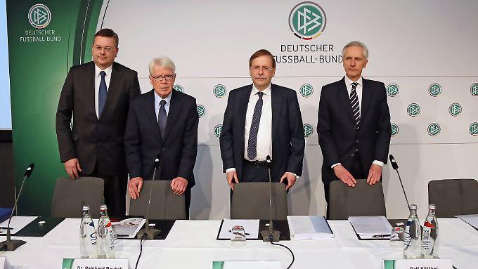 Die DFB-Spitze sieht den Freshfields-Bericht als Meilenstein der Transparenz. In der Schweiz ist man weniger begeistert.